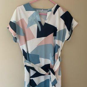 Geometric Dress with Tie